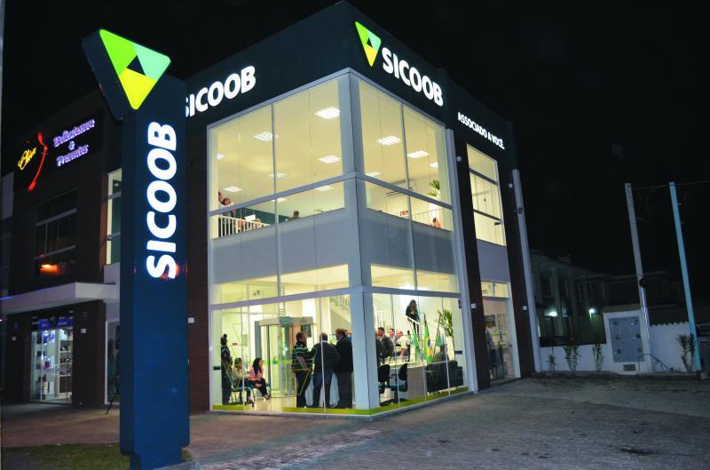 Sicoob se torna a quinta maior rede de atendimento do País