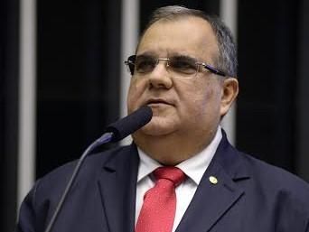 Para presidente da ACCG, a política perde um exemplo de homem público com a morte de Rômulo Gouveia